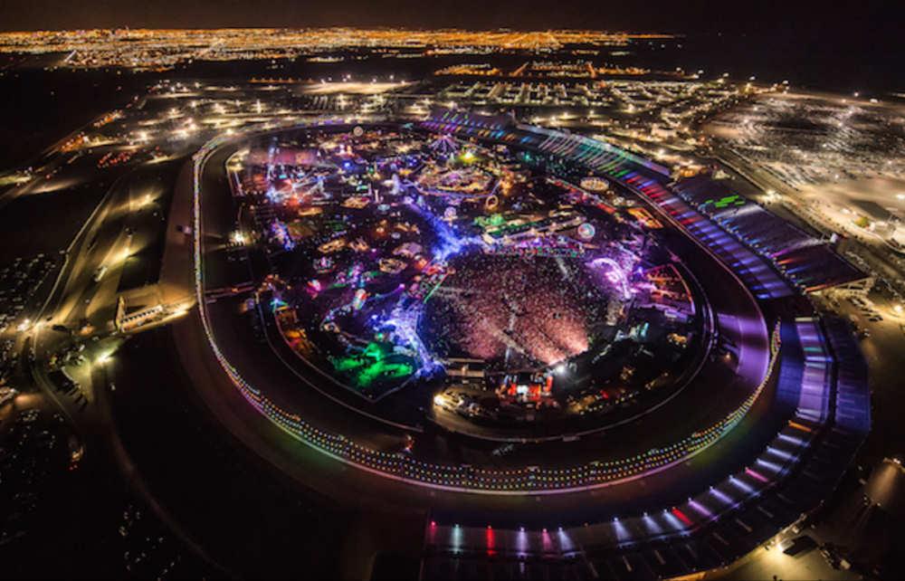 Electric Daisy Carnival op de Motor Speedway In Las Vegas (Credits: www.insomniac.com)