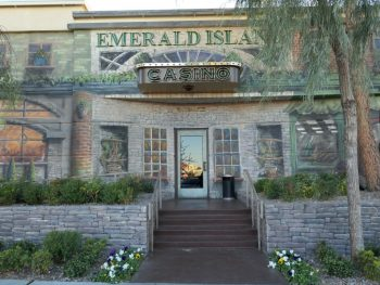 Ingang Casino Emerald Island
