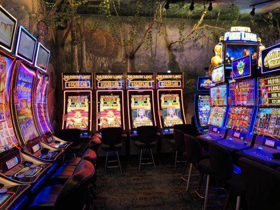 Muurschilderingen Emerald Island Casino