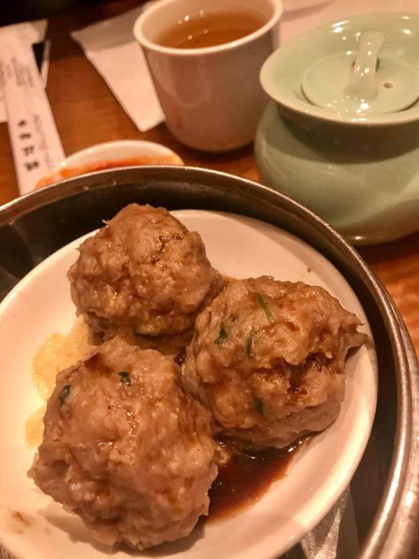 Ngao Yuk, vleesballetjes