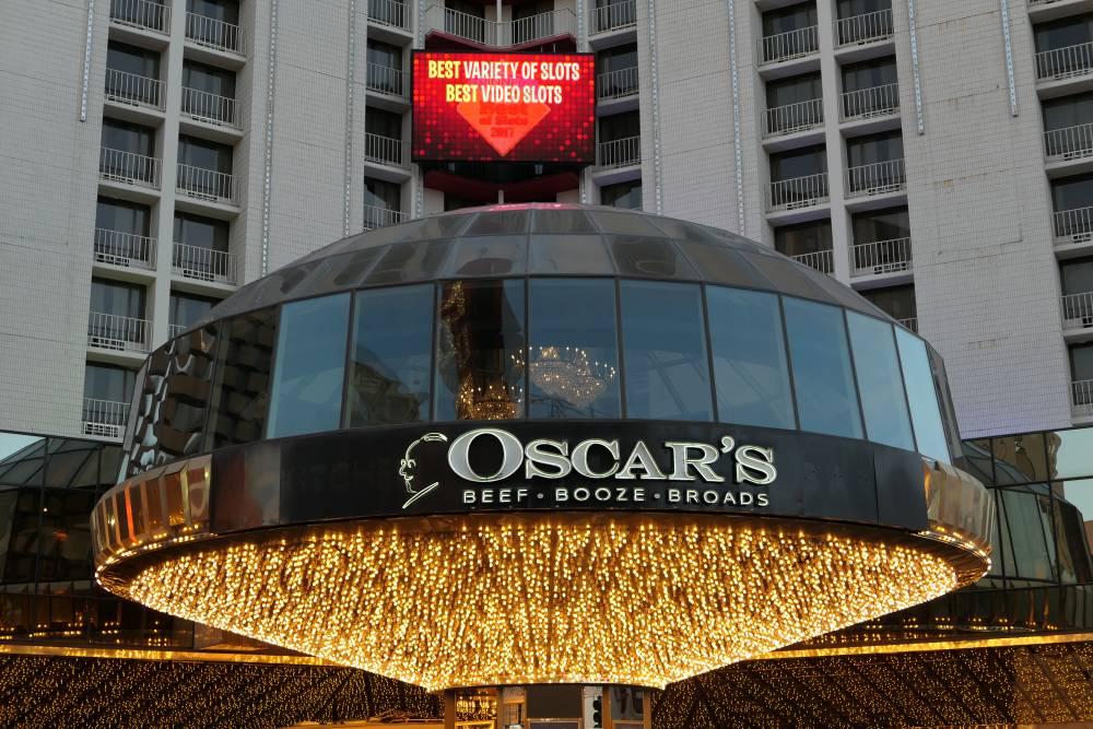 Het Oscar's Restaurant in het Plaza Hotel