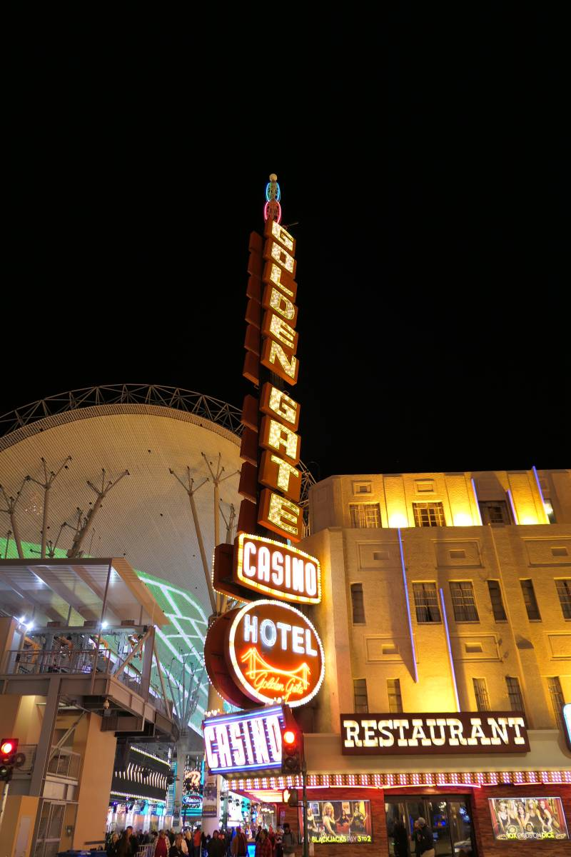 Golden Gate Casino Sign