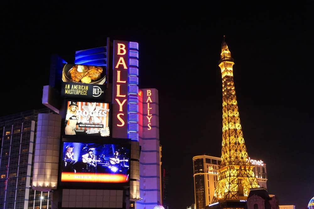 Wandelen over The Strip in Las Vegas