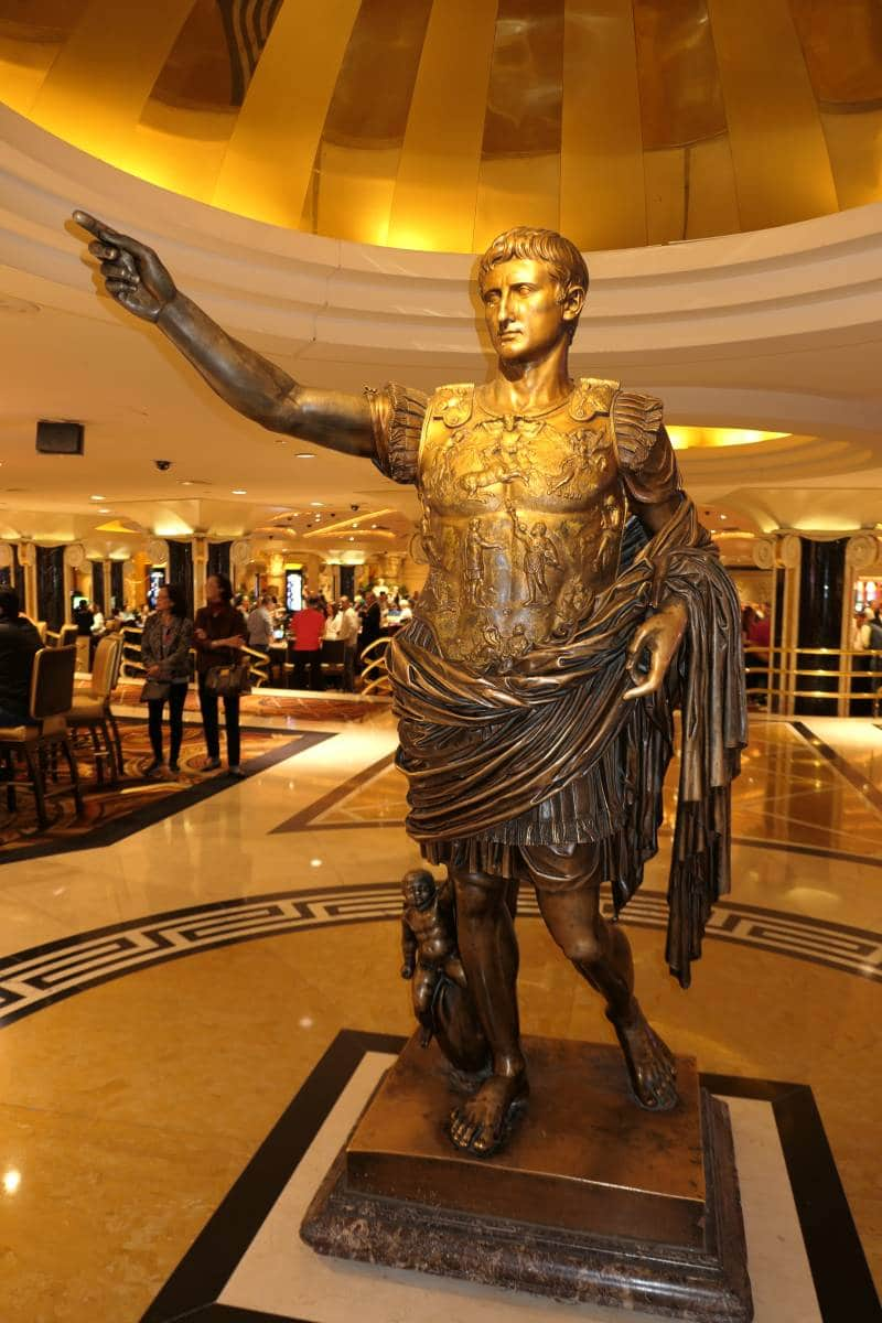 Caesars welke kant is The Strip, bedankt :-)