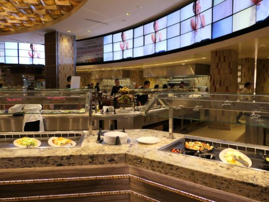 Genoeg keuze, Buffet M resort