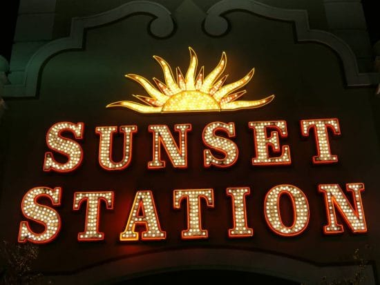 Sunset Station verlichting, mooi :-)