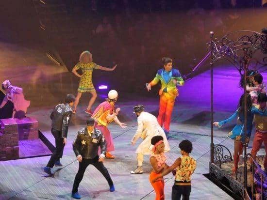 Cirque du Soleil Show Love