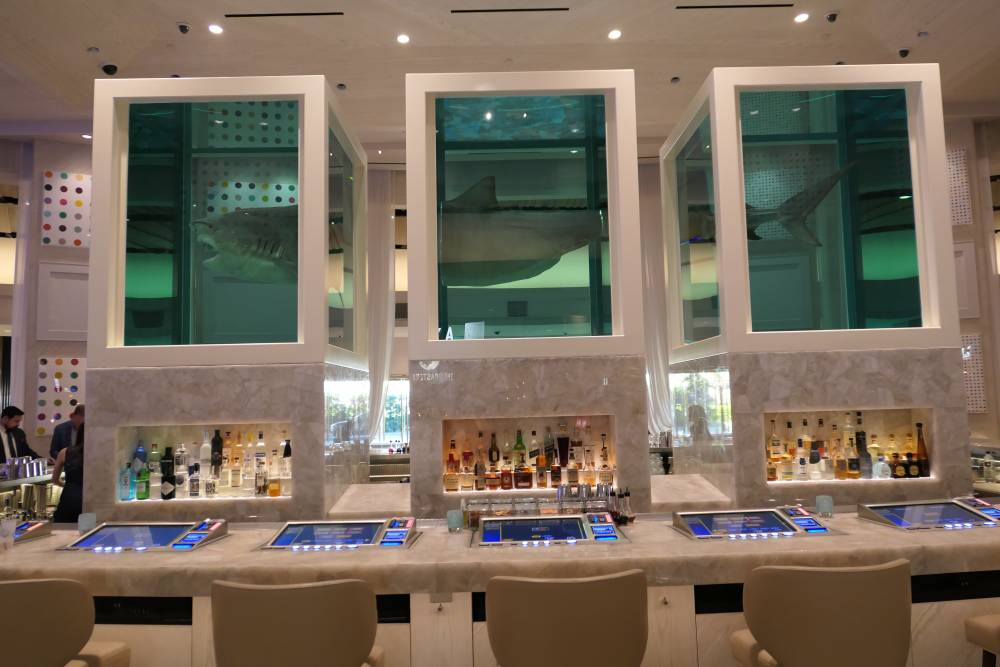 Drink with the sharks, Palms Casino