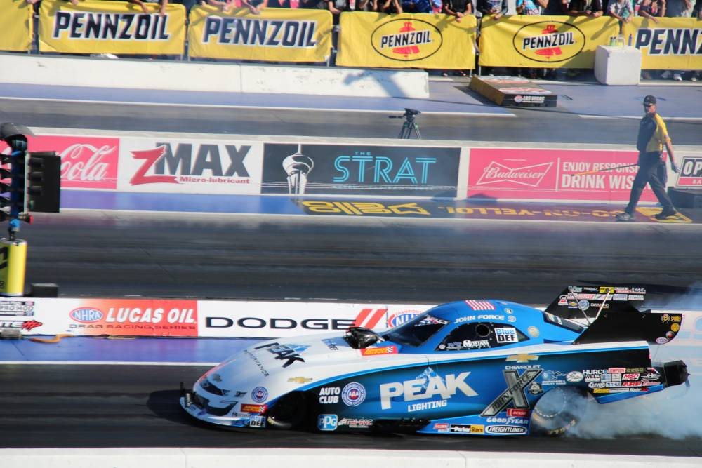 Funny Car Dragraces met John Force