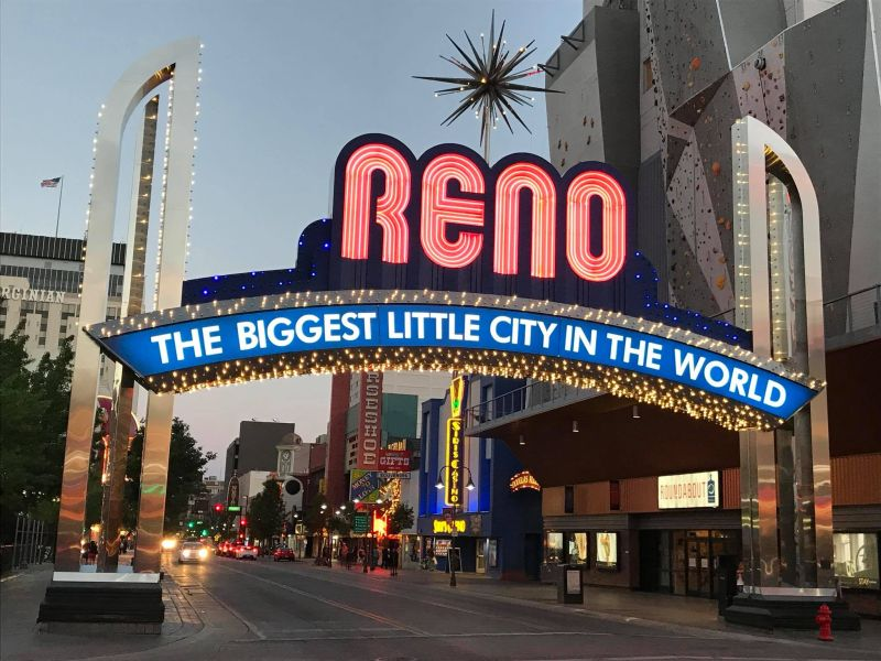 sign Reno The Biggest Little City in the World in de avond