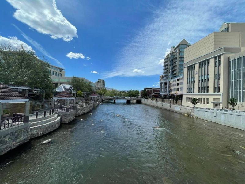 Reno's Riverwalk, Truckee rivier